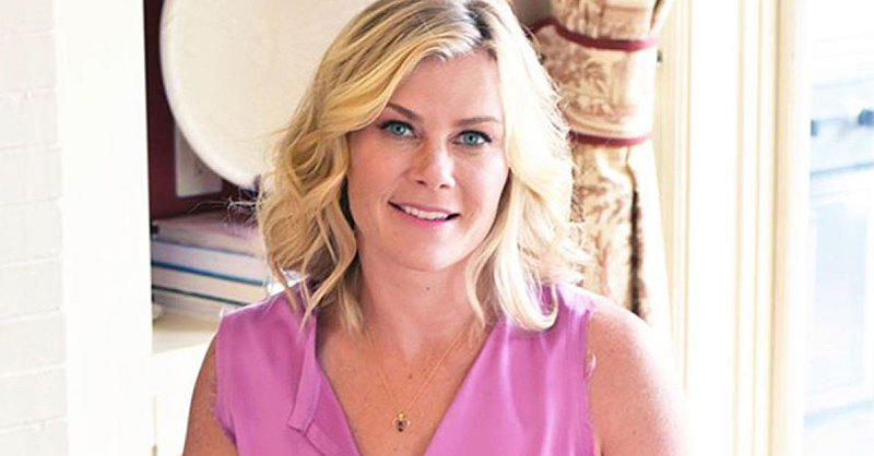 Make These Delish Blueberry Breakfast Bars from Alison Sweeney