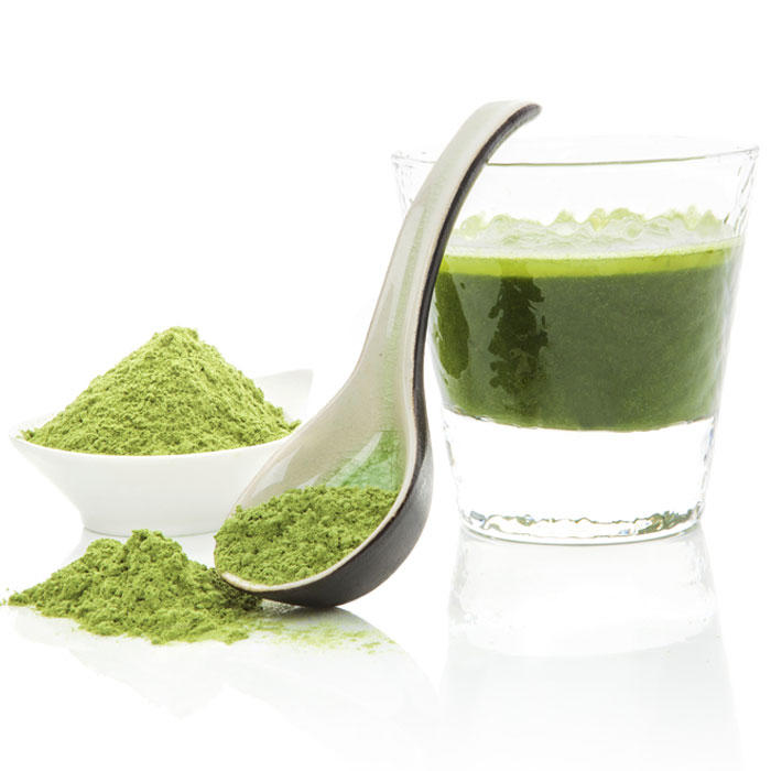 Ask the Diet Doctor: Greens Powders vs. Green Juices