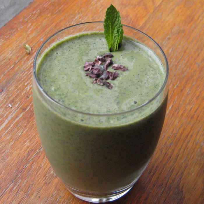 5 Sweet Smoothies with Hidden Greens