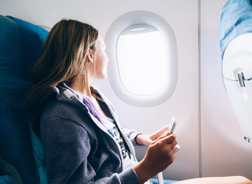 The Real Reason You Should Never Get Ice on an Airplane