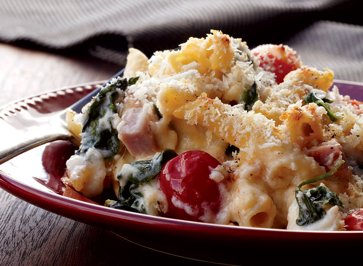 Mac and Cheese With Spinach, Ham, and Tomato Recipe