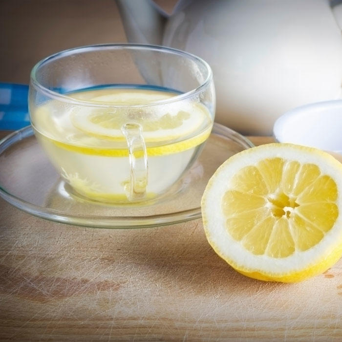 Ask the Diet Doctor: Hot Lemon Water's Real Benefits