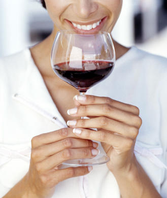 Ask the Diet Doctor: Is Red Wine Worth the Calories?