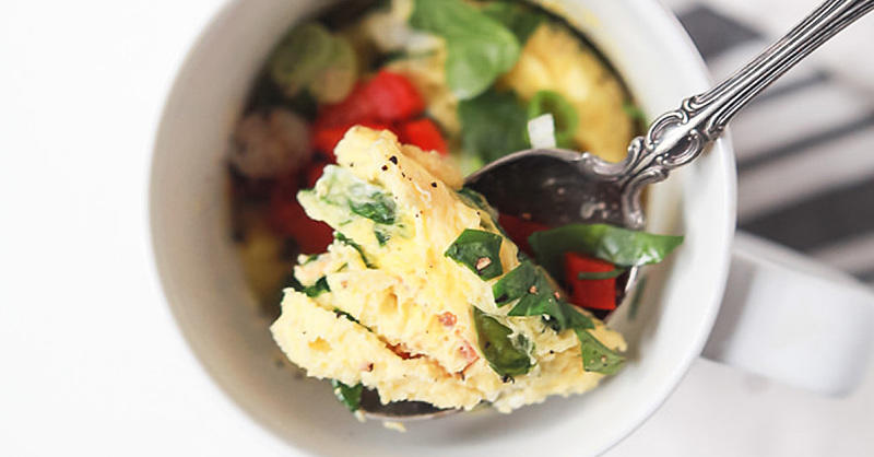 This 2-Minute Omelet Is the Easiest Breakfast You'll Ever Make