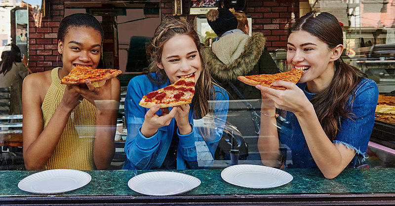 Meet IIFYM: The Diet That Lets You Eat Pizza