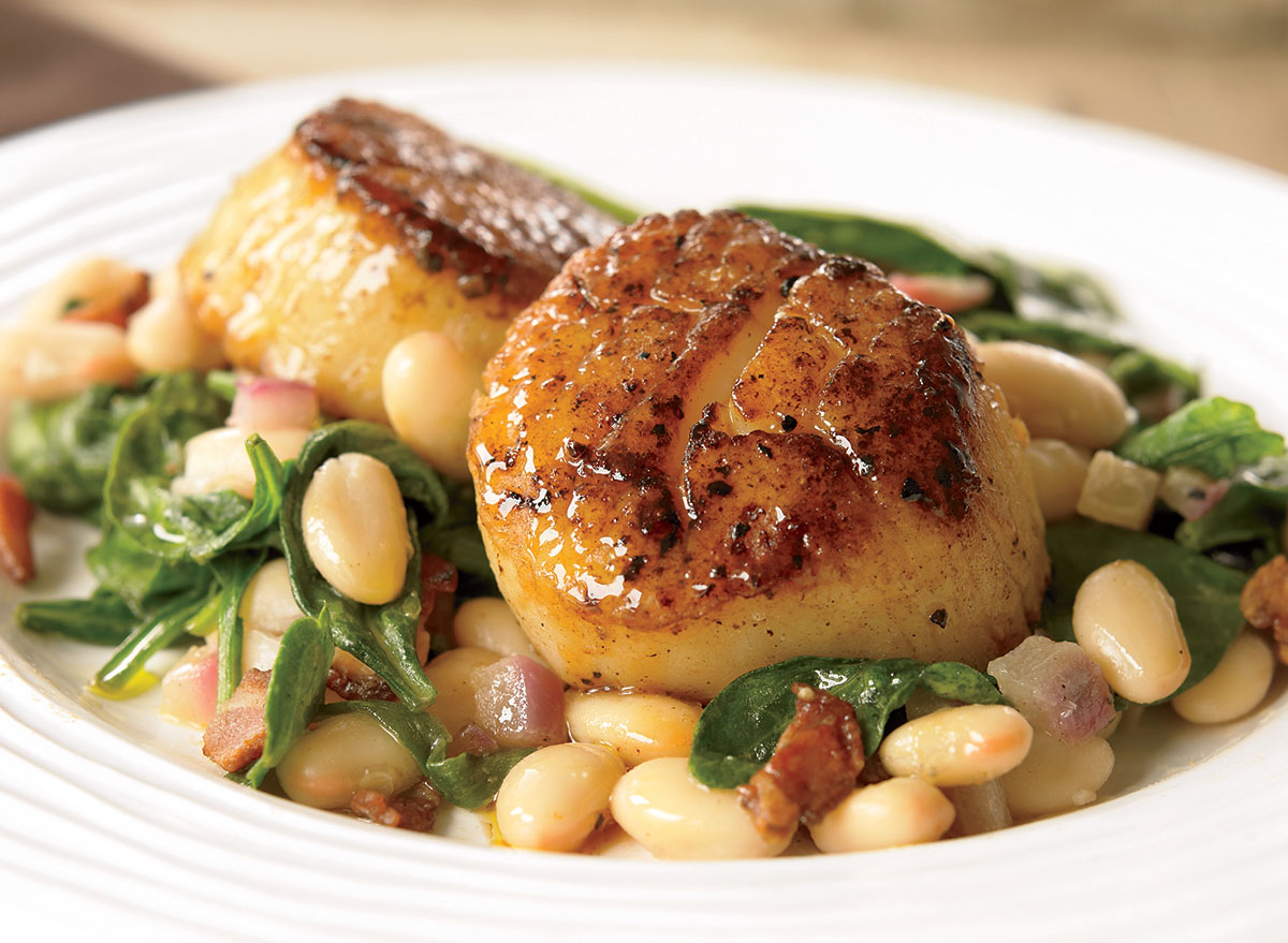 Seared Scallops With White Beans and Spinach Recipe