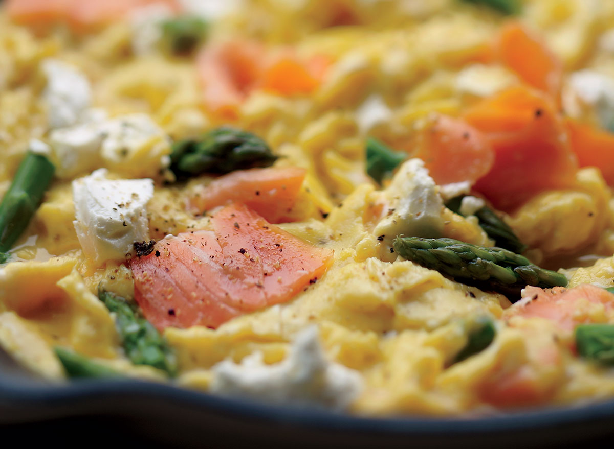 Healthy Scrambled Eggs With Salmon, Asparagus, and Goat Cheese Recipe