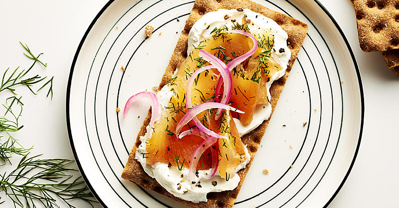 7 Smart Snack Ideas for a Powered-Up Afternoon