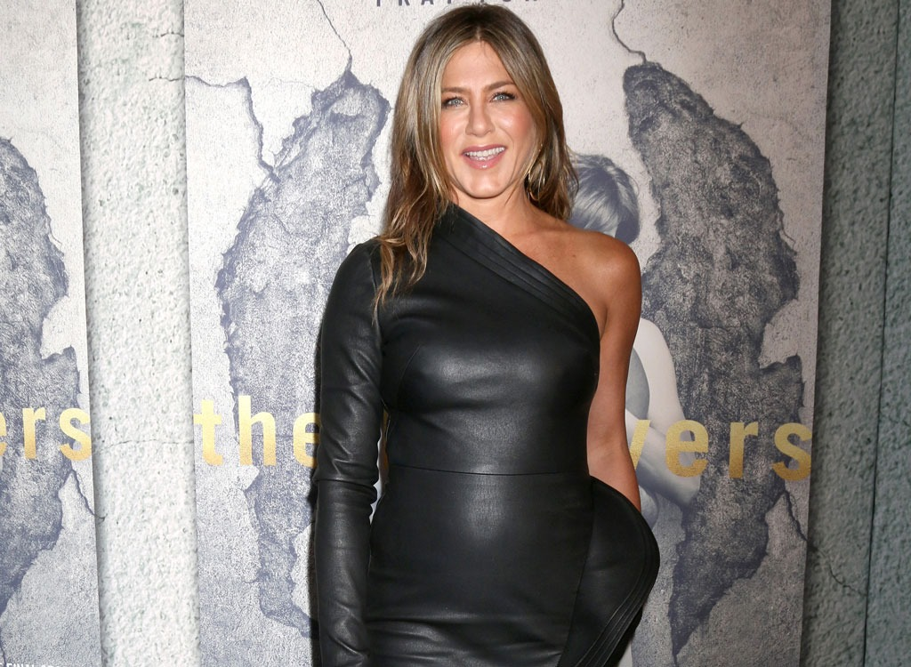 Exactly What Jennifer Aniston Does During Her Workout