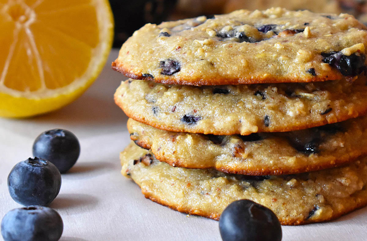 You Can Make These Oatmeal Protein Cookies In 20 Minutes Flat