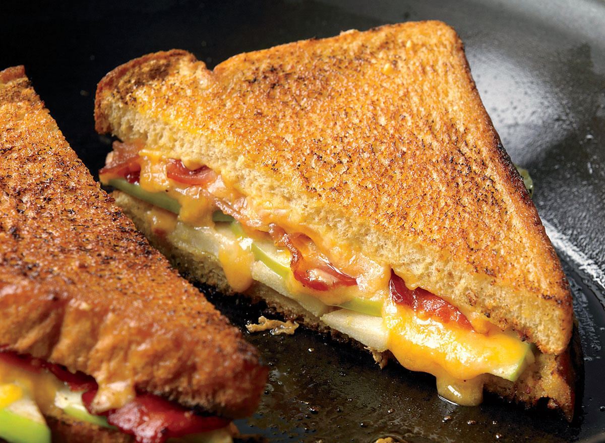 An Apple and Bacon Infused Grilled Cheese Sandwich Recipe
