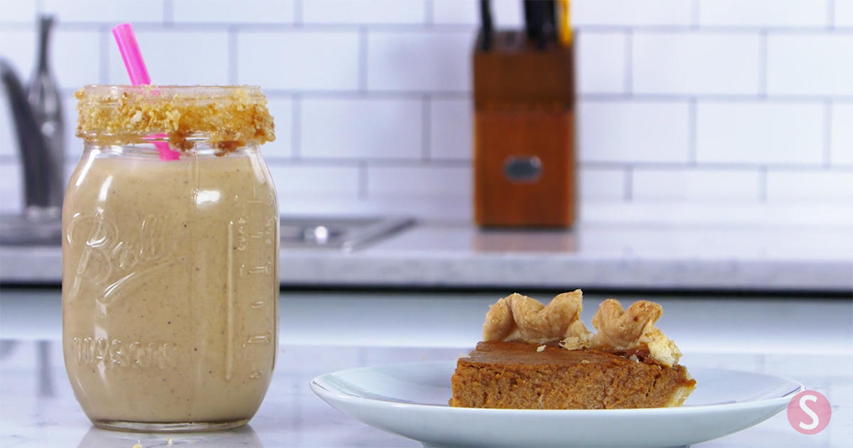 This Smoothie Is the Absolute Best Way to Repurpose Your Pumpkin Pie