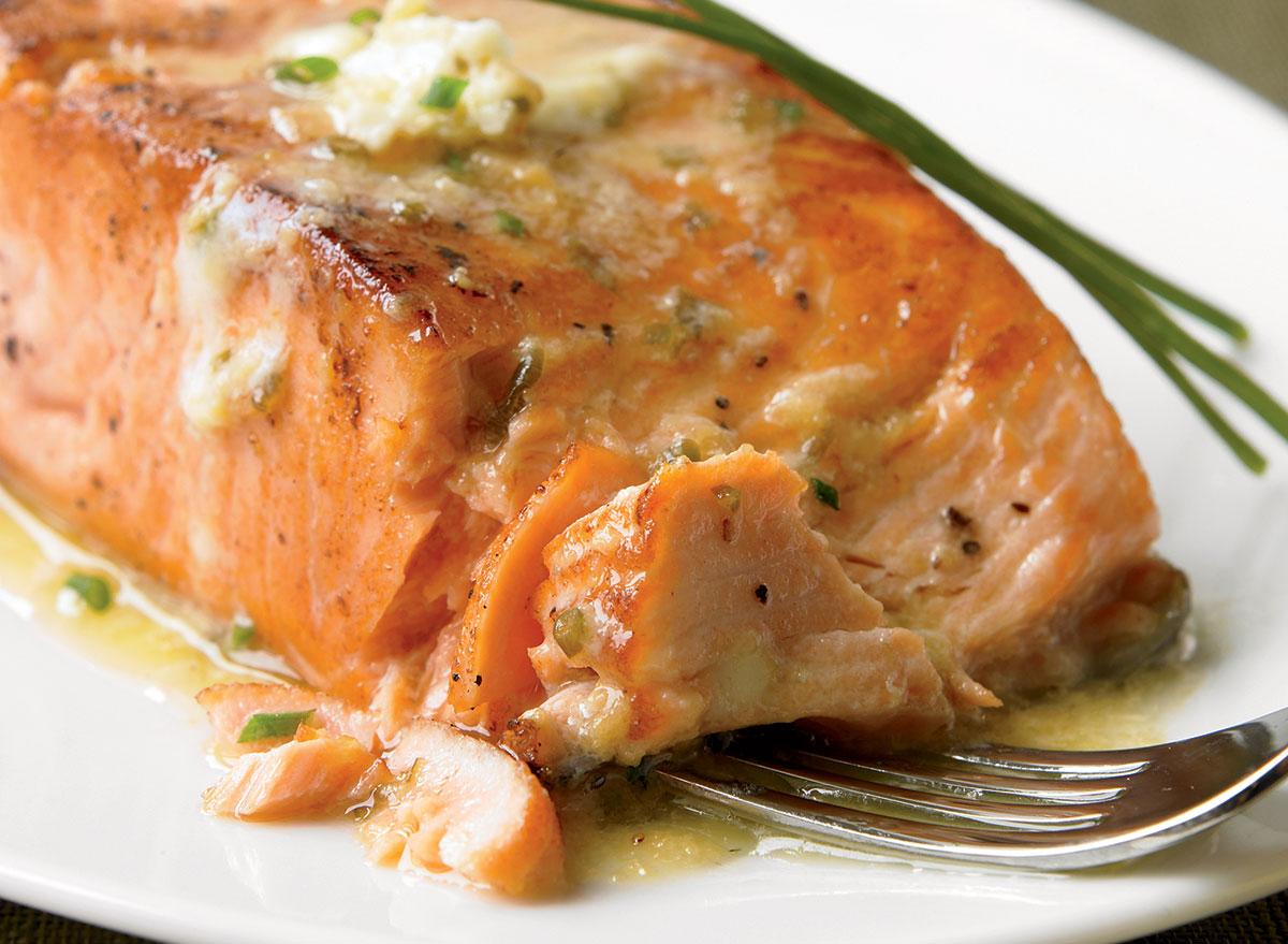 The Tastiest Grilled Salmon With Ginger Soy Butter Recipe