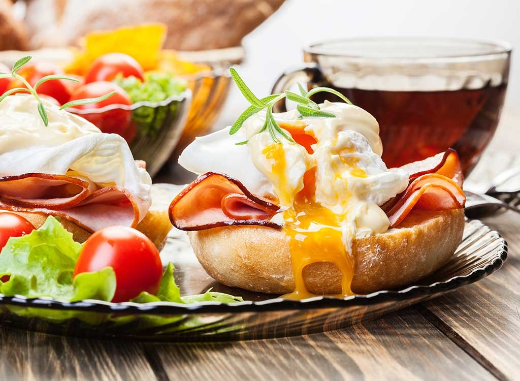10 Foods That Prevent Overeating at Brunch
