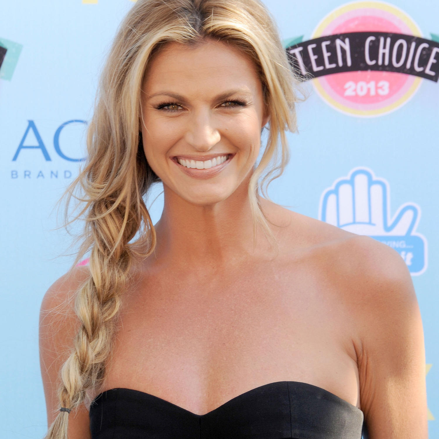Sports Broadcaster Erin Andrews's Best Beauty Tips