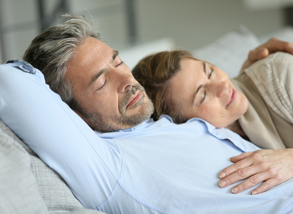 25 Doctors' Own Tips for Better Sleep