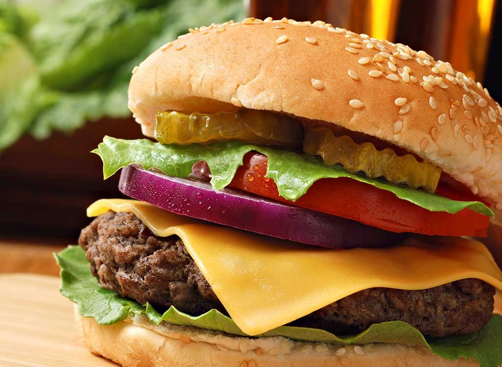 Why You Should Be Worried About The Chemicals In Your Hamburger