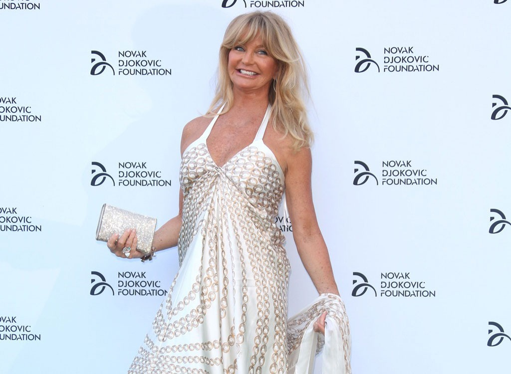 7 Ways Goldie Hawn Stays Slim at 70