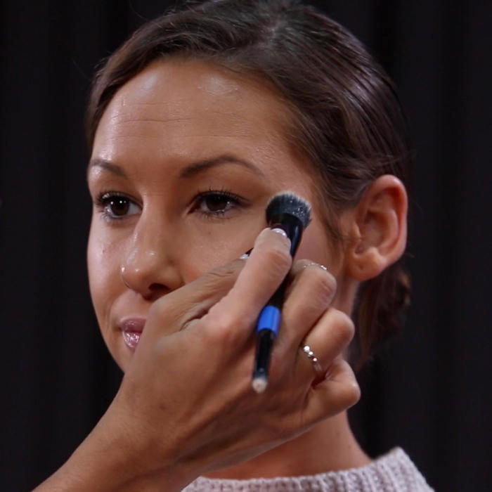 Beauty Express: Concealer Tricks to Instantly Brighten Your Compexion