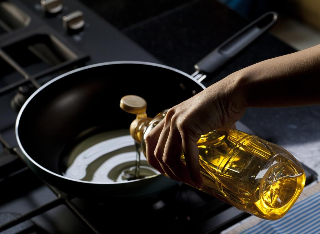 5 Reasons Vegetable Oil is Worse Than Sugar