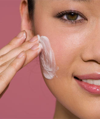 Must-Have Beauty Products for Younger-Looking Skin