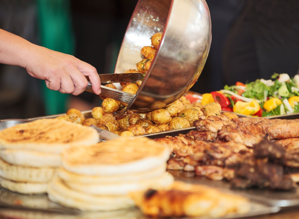 19 Things You Must Know Before Eating at Buffet Restaurants