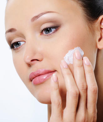 How to Get Clear Skin and Keep it Healthy