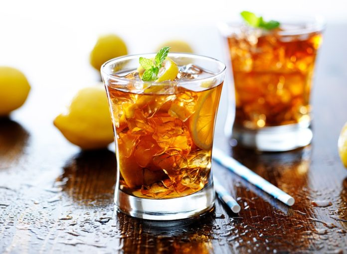 How to Lose Weight with Iced Tea