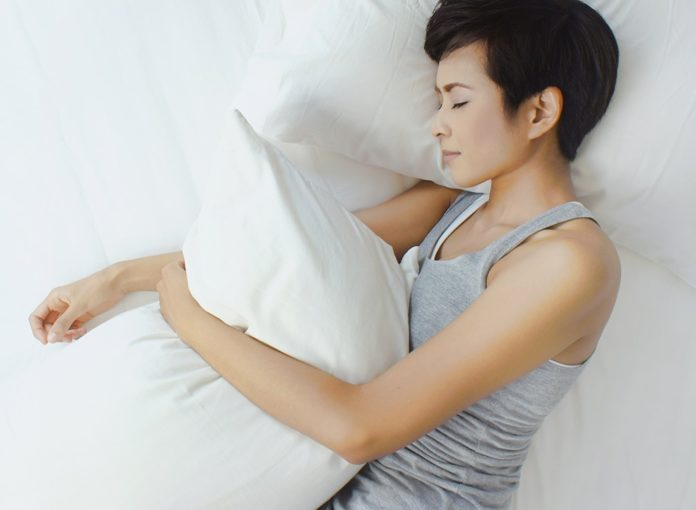 8 Ways to Lose Weight While You Sleep