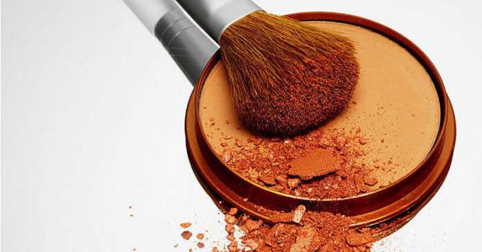 How to Apply Bronzer for a Natural Glow