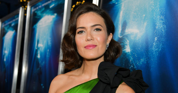 Mandy Moore Drinks Chlorophyll-Infused Water for Gut Health—But Is It Legit?