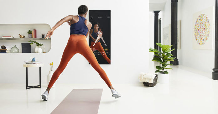 This High-Tech Smart Mirror Personalizes Your Livestream Workouts