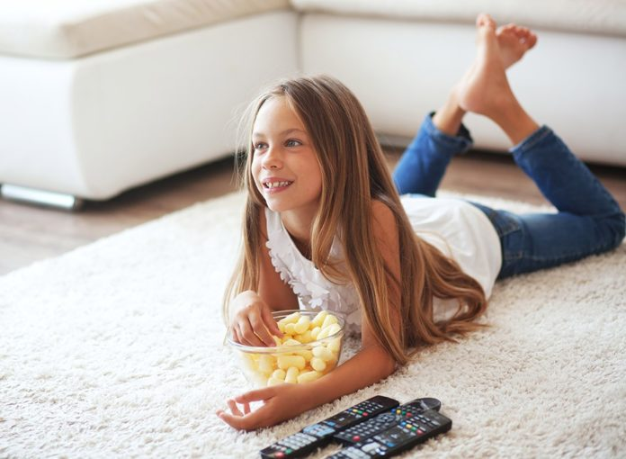 7 Ways Your TV Is Making You Fat