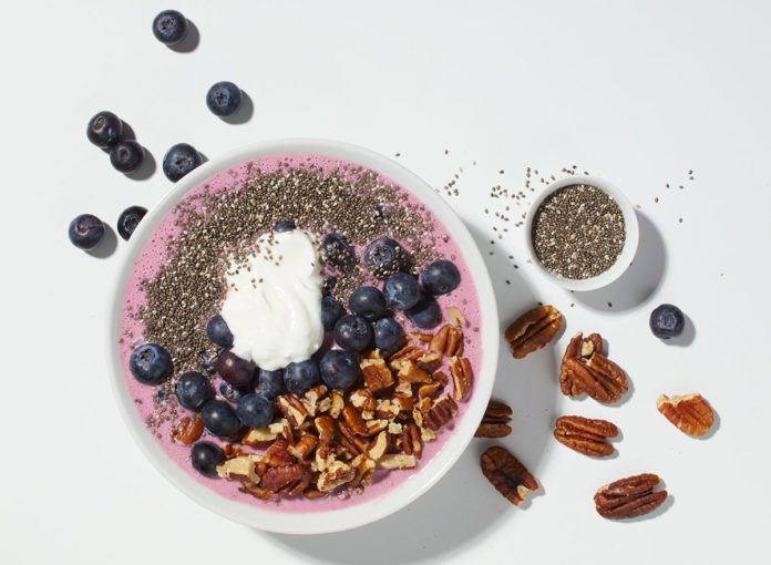 Easy and Healthy Acai-Blueberry Smoothie Bowl Recipe