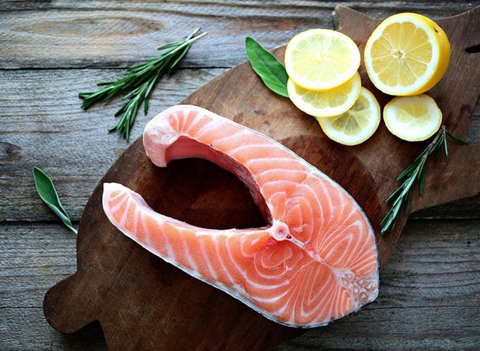 8 Reasons You Should Never Order the Salmon