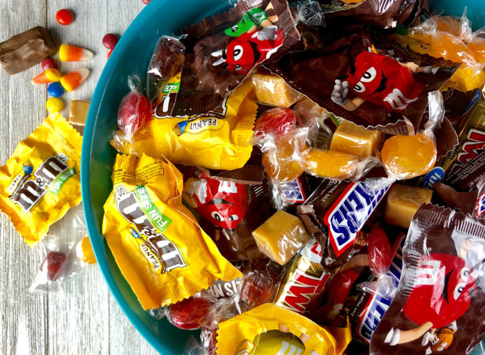 Here's What Happens to Your Body When You Eat Too Much Candy