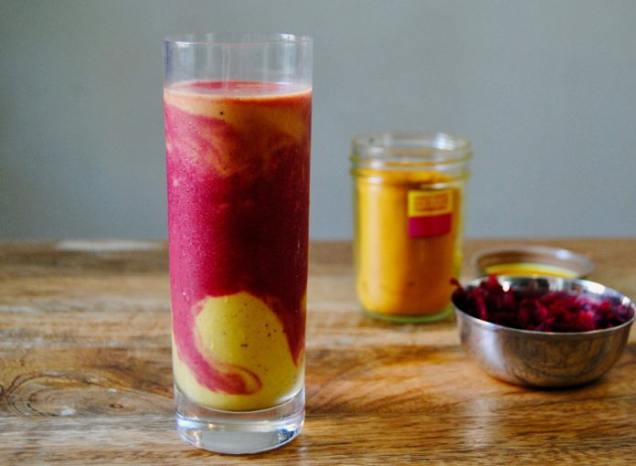 Easy Paleo Fruit Smoothie Recipe