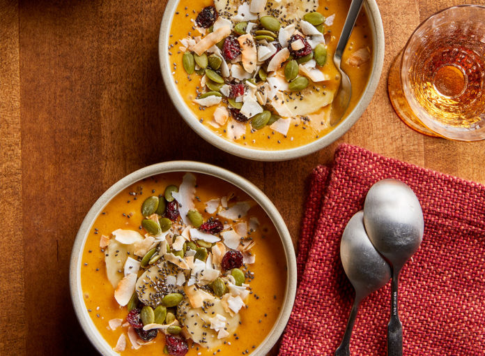 Get Your Fall Flavor Fix With This Coconut-Pumpkin Smoothie Bowl