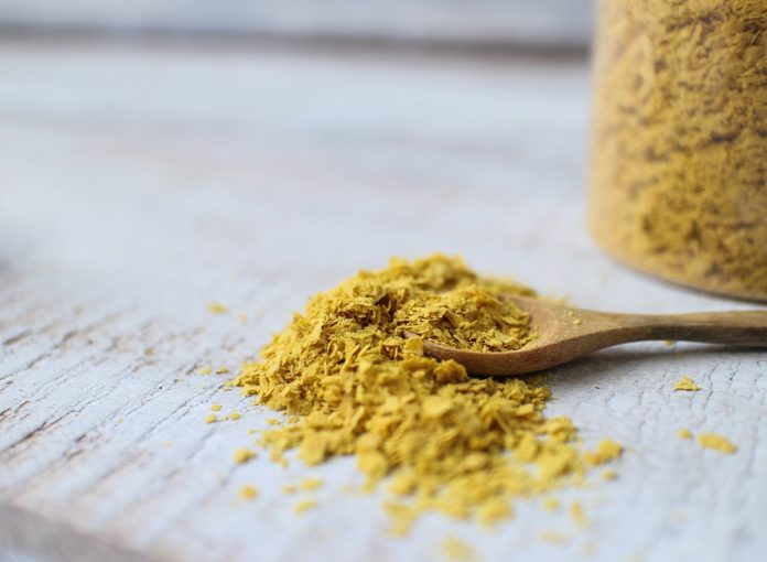 Nutritional Yeast: How to Use the Vegan Cheese Substitute