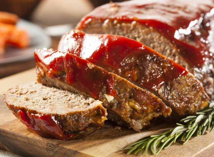 14 Mistakes You're Making When Cooking Meatloaf