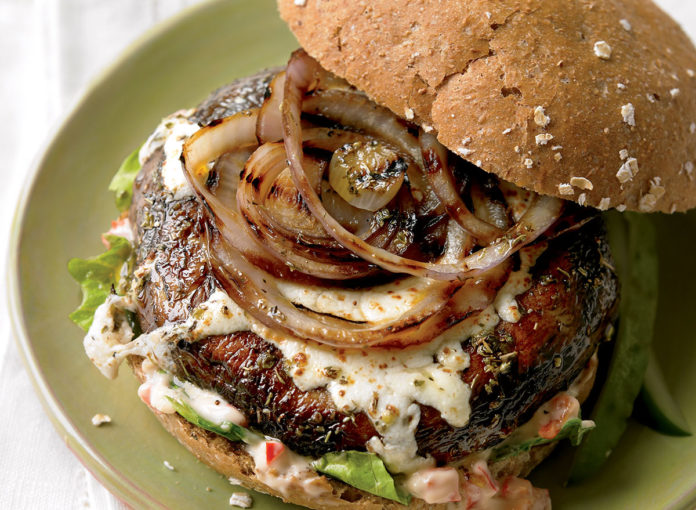 23 Healthy Mushroom Recipes for Meatless Dinners