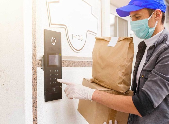 7 Things You Should Never Say to a Delivery Person