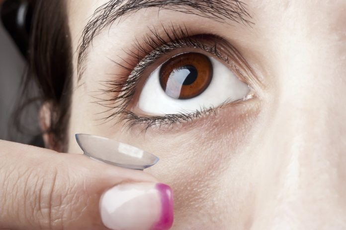 7 Ways COVID-19 Can Enter Your Eyes