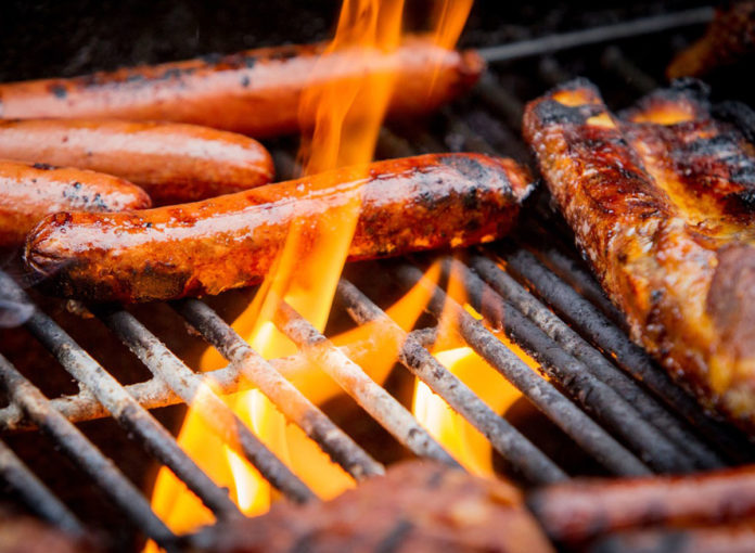 8 Scary Things That Happen To Your Body When You Eat Grilled Foods
