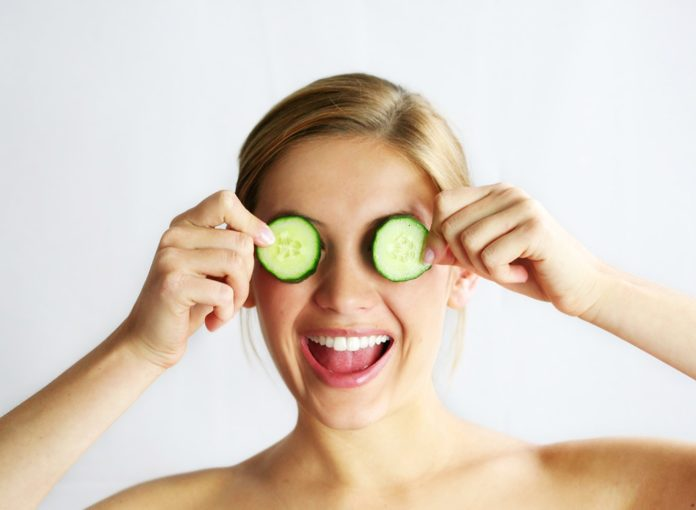 7 Foods That Make You Look Younger, Instantly
