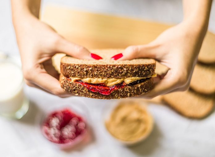9 Hacks For The Best PB&J Ever