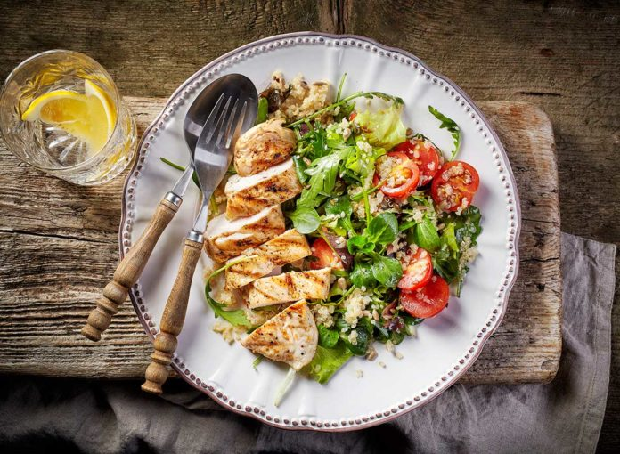 9 Healthy Dinner Habits For A Flat Belly