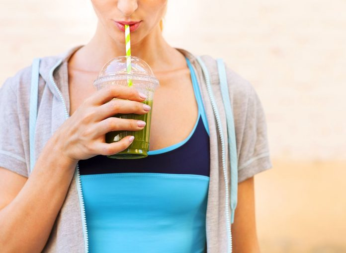 15 Best Drinks to Have Every Day for a Flat Belly