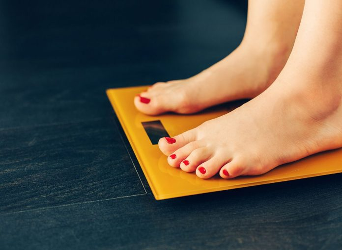 26 Easy Ways to Keep The Weight Off, According to Dietitians