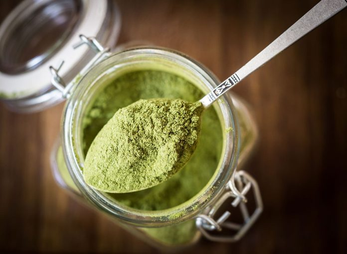 What Happens to Your Body When You Eat Superfood Powder Every Day